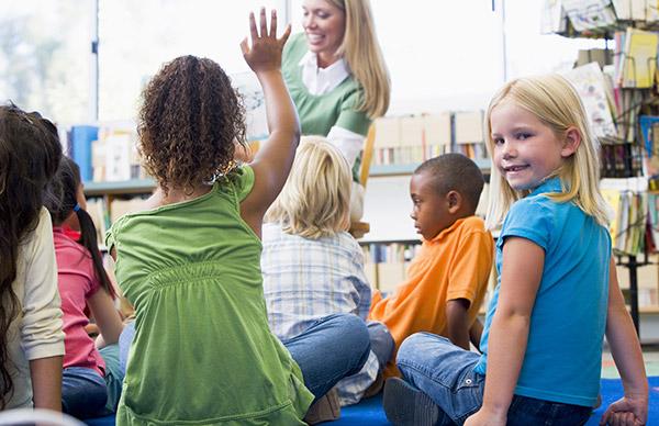 Storyland - Yooze - Inglês para crianças e adolescentes