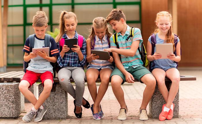 How Cool is That? - Yooze Escola de inglês para crianças e adolescentes